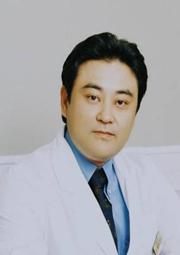 深圳呈悦医疗美容门诊部整形医生 元铁