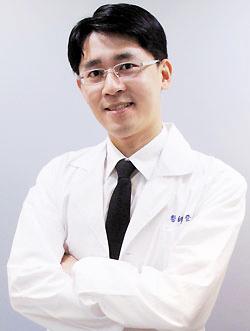 长沙伊百丽医学美肤连锁整形医生 徐登志