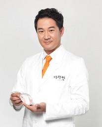 武汉乐美医疗美容整形医生 郑裕锡
