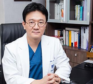上海首尔丽格医疗美容医院整形医生 柳民熙