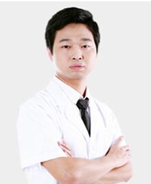 深圳雍禾植发医院整形医生 周龙飞