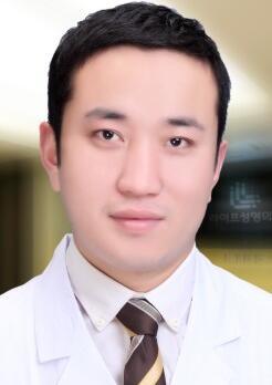 郑州俪侬整形机构整形医生 刘建宪
