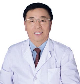 深圳易容颜医疗美容门诊部整形医生 刘金虎