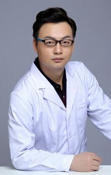武汉美仑医疗美容门诊部整形医生 陈远海