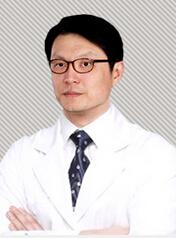 武汉韩辰医学美容医院整形医生 李炯柱