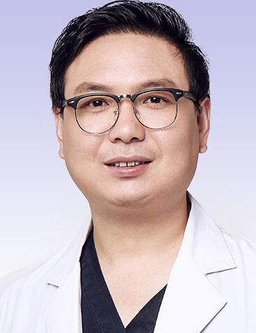重庆爱思特整形美容医院整形医生 刘中林