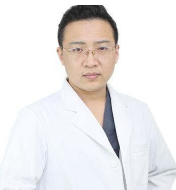 沈阳和平欣博美医疗美容门诊部整形医生 侯帅