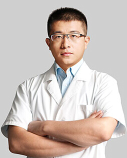 济南美莲医疗美容门诊部整形医生 韩旭
