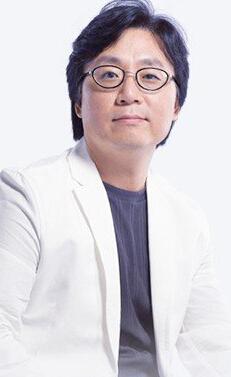 整形专家金宪俊相片