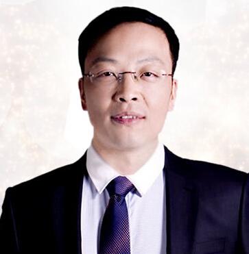 重庆臻瑞解放碑医疗美容整形医生 张义明