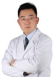 溧阳智多星(原华韩丽人)医疗美容门诊部整形医生 吴明龙