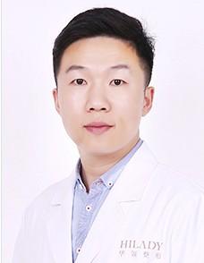 郑州华领医疗美容医院整形医生 梁爱峰